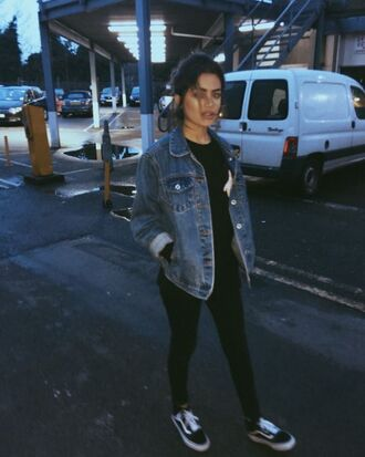 shoes denim jacket black shirt black jeans black sneakers vans blogger