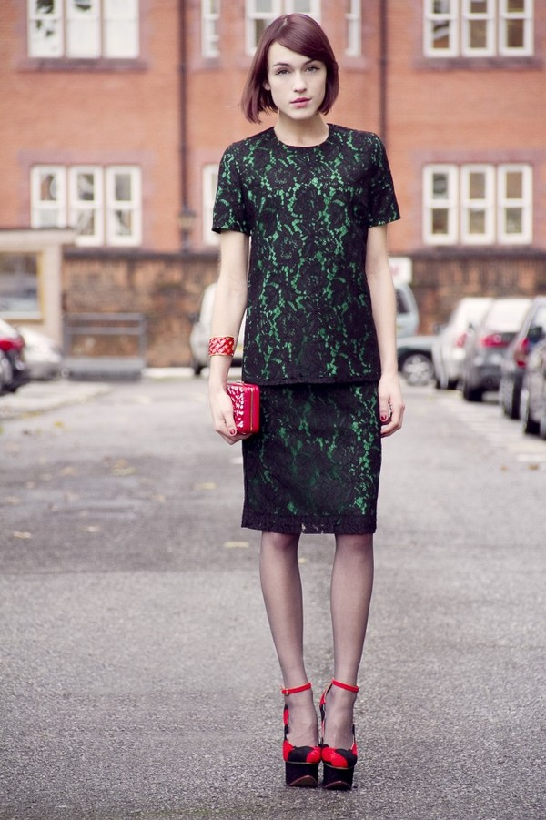 la petite anglaise t-shirt skirt bag jewels shoes