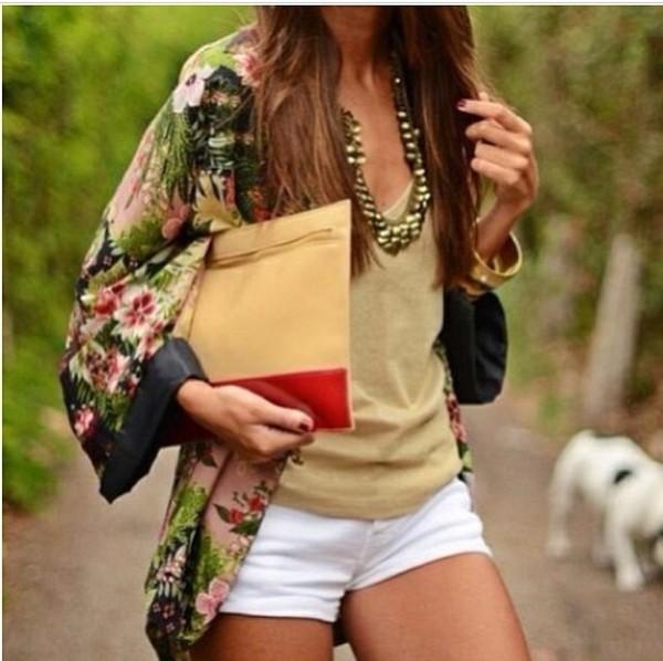 blouse kimono floral kimono tank top jewelry necklace white shorts