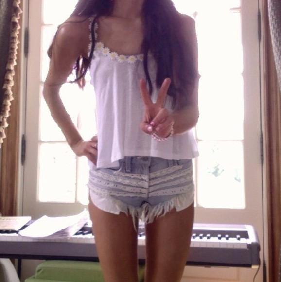 lace ruffles cute floral shorts ariana grande summer outfits cut off shorts ripped/distressed/destroyed jean shorts jeans ariana grande butera arianagrande instagram instagramfashion instagram fashion boho summer pants pretty tank top