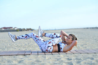 to be bright blogger underwear leggings shoes sportswear sports leggings sports bra nike sneakers