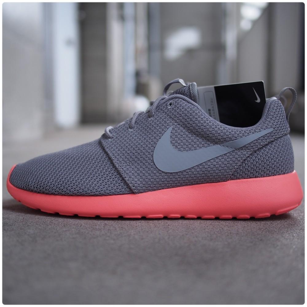 Kansai Kicks Japan — Nike Roshe Run Mango sizes:  7,  7.5,  8 $110 Shipped*