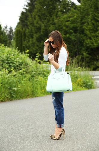 dress corilynn blogger top jeans belt shoes bag jewels