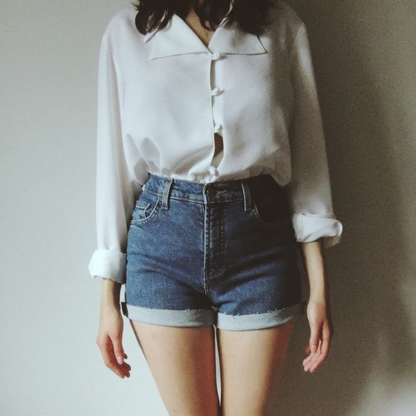 blouse button up High waisted shorts shorts denim vintage white white blouse hipster shirt blue denim high waisted shorts levi's levi's shorts denim shorts