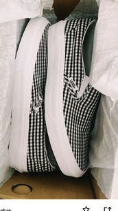 shoes,small checker print,platform vans,vans,slip on shoes