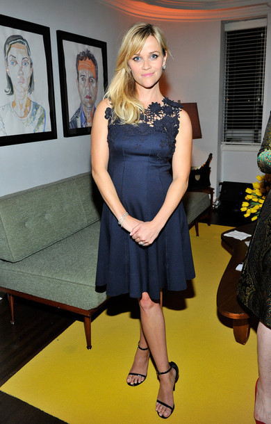 reese witherspoon blue dress maternity dress navy