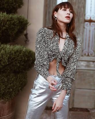 pants tumblr silver pants metallic pants printed shirt silver metallic shirt earrings jewelry crop tops spring outfits