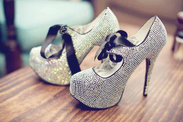 Shoes: silver, sparkle, silversparkle, bow, high heels ...