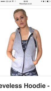sweater,sleeveless,hoody,gym bunny hoody,zip hoody