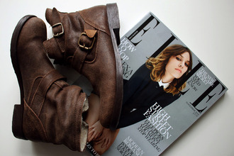 low boots boots shoes brown rock glam rock leather leather boot alexa chung
