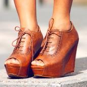shoes,wood,knot,platform shoes,wedge booties,wedges,booties,heels,leather,cute,hipster,oxfords,pinterest,brown leather,brown,laces,peep toe boots,brownshoes,brownwedges,brown leather boots,brown heels,wedge heels,vintage,old school,retro,leather heels,wedges brown tied,lace up,leather wedges,peep toe,boots,steve madden,open toes,tan oxford peep toe wedgess