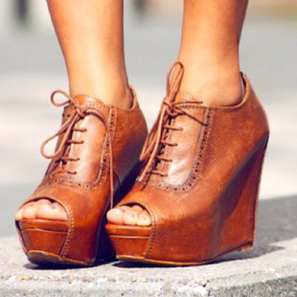 shoes wood knot platform shoes heels leather cute hipster wedges oxfords pinterest brown leather brown laces peep toe boots brown heels wedge heels vintage old school retro leather heels lace up leather wedges peep toe brown leather boots boots