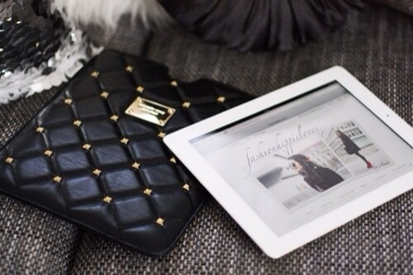 bag black ipad gold studs studded leather apple