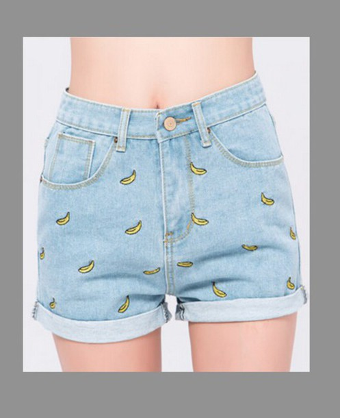 shorts High waisted shorts printed shorts bananas banana print hipster cute print
