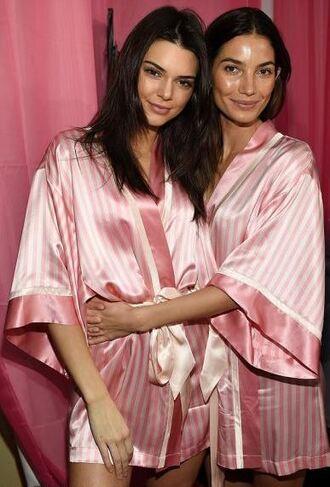 underwear robe kendall jenner lily aldridge model victoria's secret