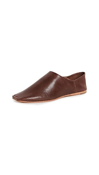 flats brown shoes