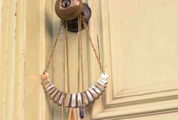 jewels necklace shell bib