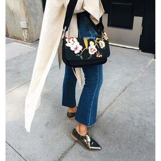 bag tumblr floral bag floral printed bag denim jeans cropped bootcut jeans cropped bootcut blue jeans flats silver shoes