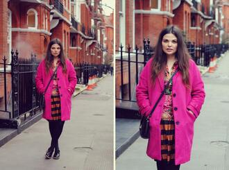 missplayground blogger pink coat striped skirt