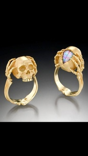 jewels,skull ring,gold,the bling ring,skull  ring,nail accessories,ring,skeleton,chic,skull,bones,gems,gold skull,tumblr,rings and tings