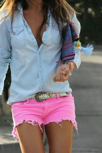 shorts pink tan bracelets blue shirt belt white