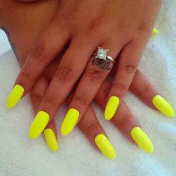 nail polish nail yellow