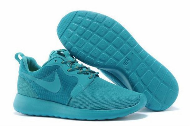 new style 676af a022d shoes nike womens roshe run hyperfuse 3m uk trainers deepskyblue nike nike  womens roshe run hyperfuse