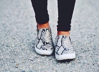 shoes slip on shoes vans snake print cool