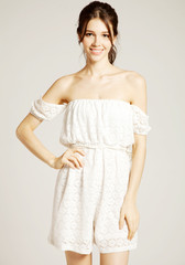 Shoulder eyelets romper