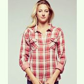 top,snap front pocket shirt,red and black plaid,plaid,plaid shirt,country shirt,cotton plaid,cotton snap shirt,lovestitch plaid,lovestitch,country style