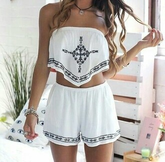 jumpsuit mer combinaison marin blanco white top bustier shorts croc top motifs volants tank top romper set crop tops style clothes fashion two-piece white top white shorts