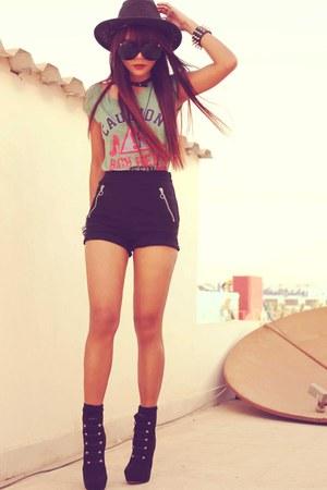 Black H&M Shorts, Black Forever 21 Boots, Black Romwecom Bracelets |