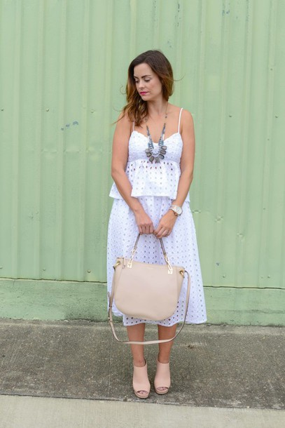 live more beautifully blogger top skirt shoes jewels make-up eyelet detail eyelet skirt eyelet top white top peplum top summer top summer outfits midi skirt white skirt bag nude bag necklace mules nude mules