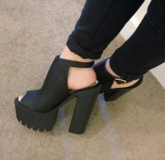 shoes black boots pale black boots