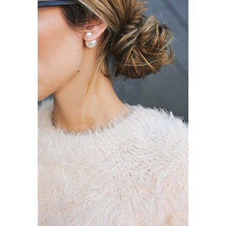 jewels ear earrings blouse fuzzy sweater classy pearl big earrings pearl earrings big pearl earrings ear cuff stud earrings white hair accessory beautiful girly female sweater hairstyles hair bun on point clothing white pearls cute earrings jewlery hipster jewelry jewelry ring fashion jewelry jewelry rings accessories accessorize cute cool girl blogger summer sea creatures earings