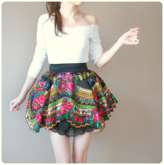 folk skirt floral floral skirt the skirt that the main singer wears in the music video for my slowianie