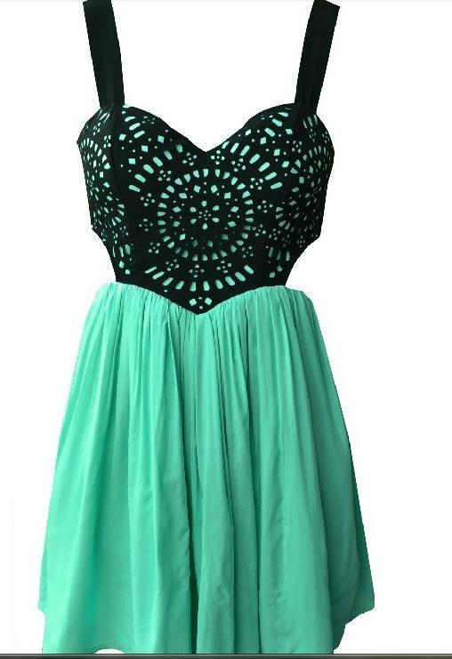 Cute totem lace hot dress