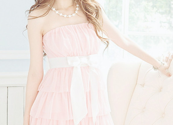 ribbon pink dress ruffled