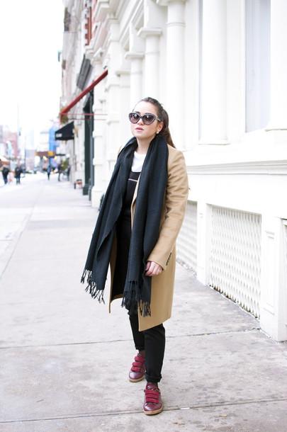 blaastyle blogger camel coat black jumpsuit