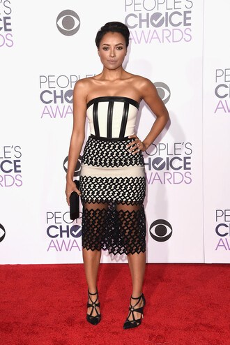 dress strapless bustier dress kat graham pumps midi dress red carpet people's choice awards