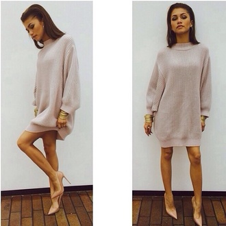 sweater dress girly zendaya nude sweater dress turtleneck fashion zendayamaree mini dress cream knit heels pull women jumper textured sweater knitted dress comfy sexy dress knitted cardigan beige new bodycon dress shirt zendaya jumper beash cool heel classy beautiful gorg gorgeus zendaya sweater oversized sweater knitwear knitted shirt nude dress short dress beige sweater cute beige dress beige high heels instagram pink pink sweater pink jumper model tan long sweater nude pink