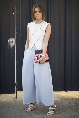 pants office outfits kristina bazan kayture blue pants wide-leg pants top white top sandals white sandals top blogger lifestyle bag