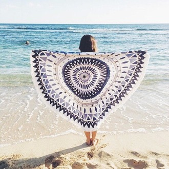 home accessory blue and white tapestry bohemian hippie boho chic beach mandala summer holidays summer accessories beach roundie beach throes mandala beach throw hippie beach throw beach towel discounts