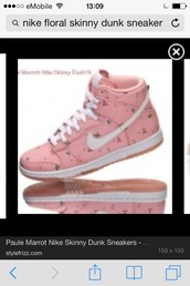 shoes,light pink nikes