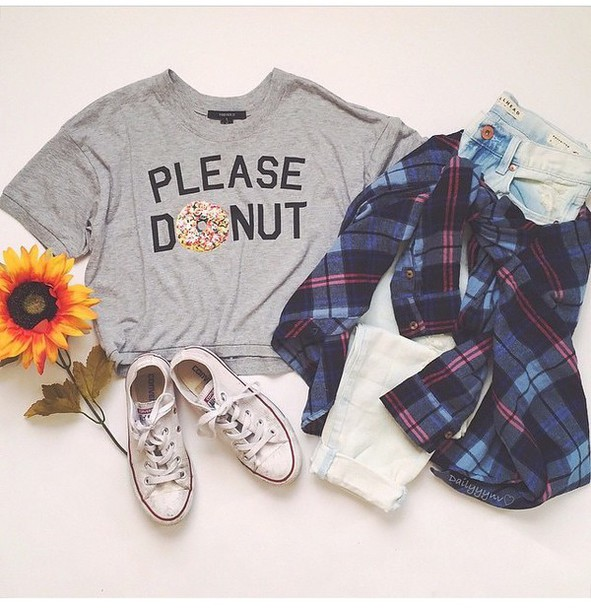 t-shirt grey t-shirt logo shirt meme fashion trendy hipster plaid shirt