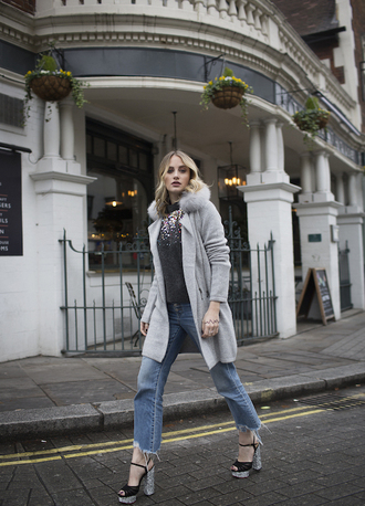 at fashion forte blogger cardigan sweater jewels jeans shoes grey coat sandals fall outfits