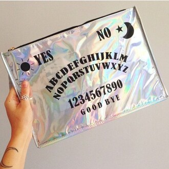 bag pink holographic silver blue clutch zip black tumblr indie