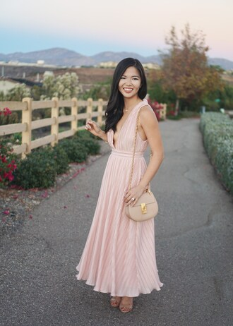skirttherules blogger dress jewels bag shoes make-up blush pink blush pink dress midi dress pleated dress sandals