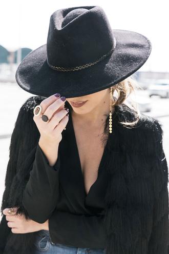 hat tumblr black hat top black top v neck coat black coat fur coat ring earrings accessories jewels jewelry