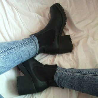 boots chunky boots chelsea boots funky shoes jeans